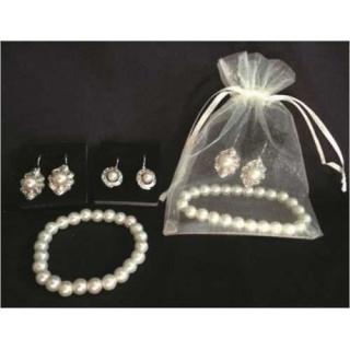 Pulseras perlas + Pendientes (2 modelos) + Bolsa organza (precio unidad)