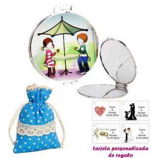 Espejo con sombrilla y niños, con bolsa de lunares de color azul, y tarjeta personalizada