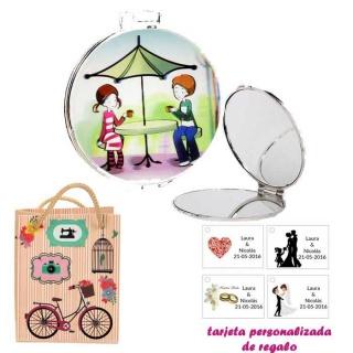 Espejo con sombrilla y niños, con dibujos decorativos y con bicicleta, y tarjeta personalizada