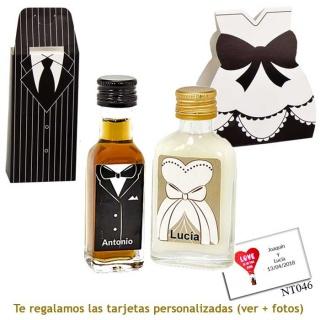 Licor de crema para ella y licor de café para él, con cajas de novio y novia a juego